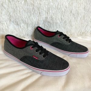 New LEVI'S Monterey Chambray Sneakers Size 9.5